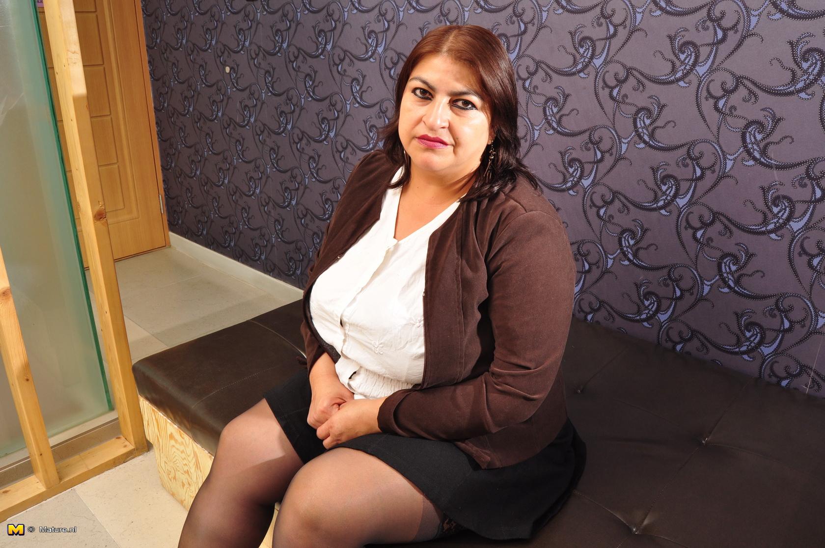 Mature women chubby naughty
