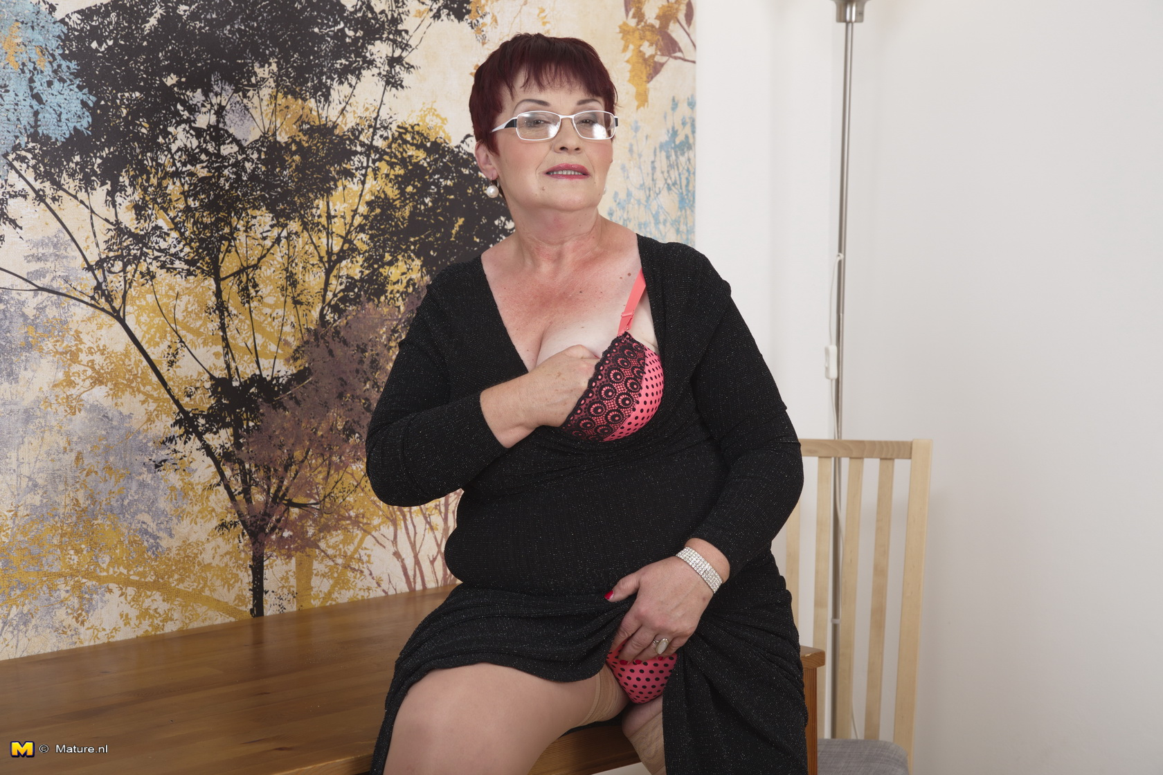 Posing hairy chubby nude women