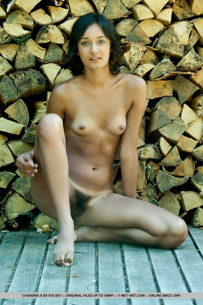 Nicole coco autin nue sur bites