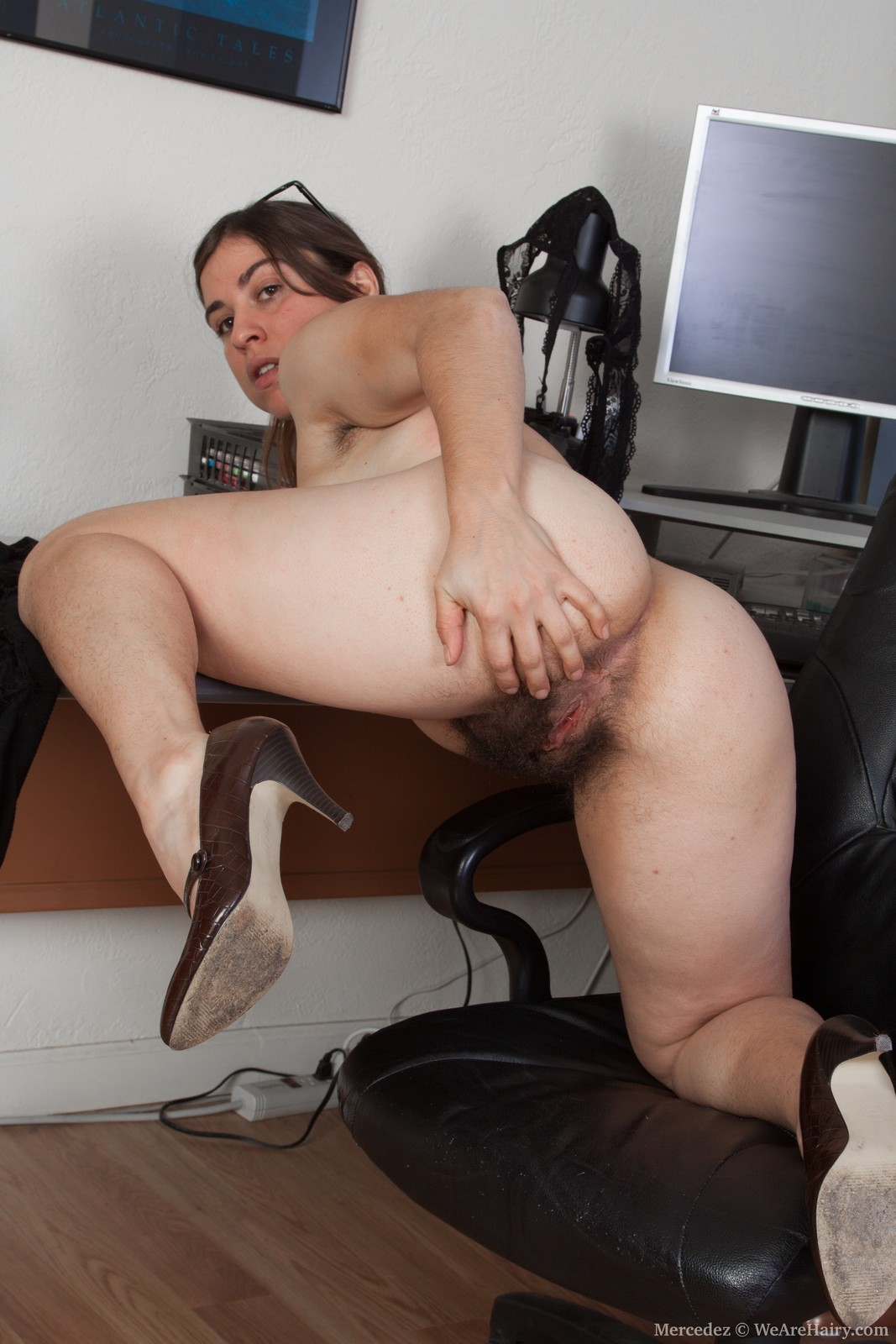 Girls fucking leather chairs