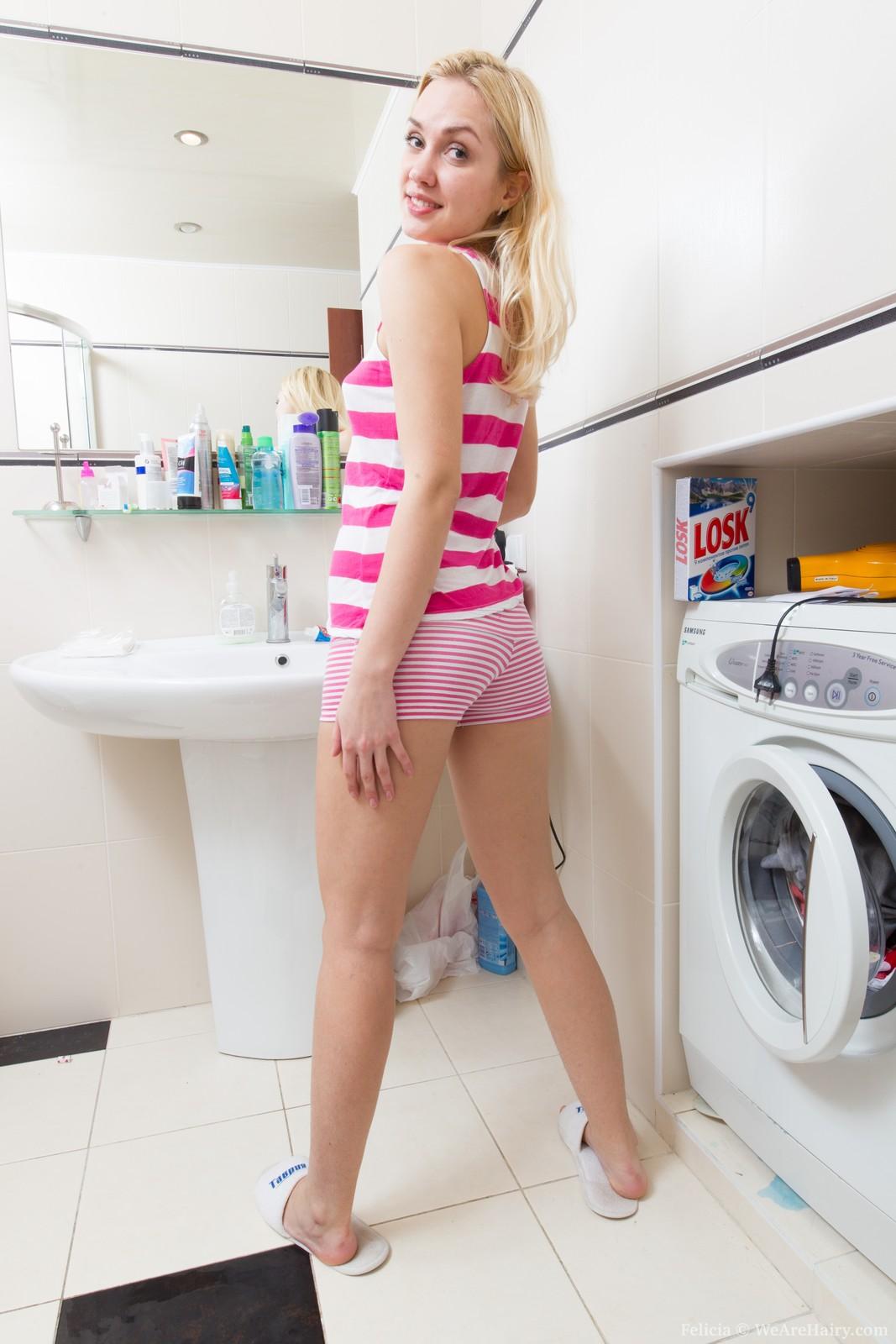 Nude sex girls laundry