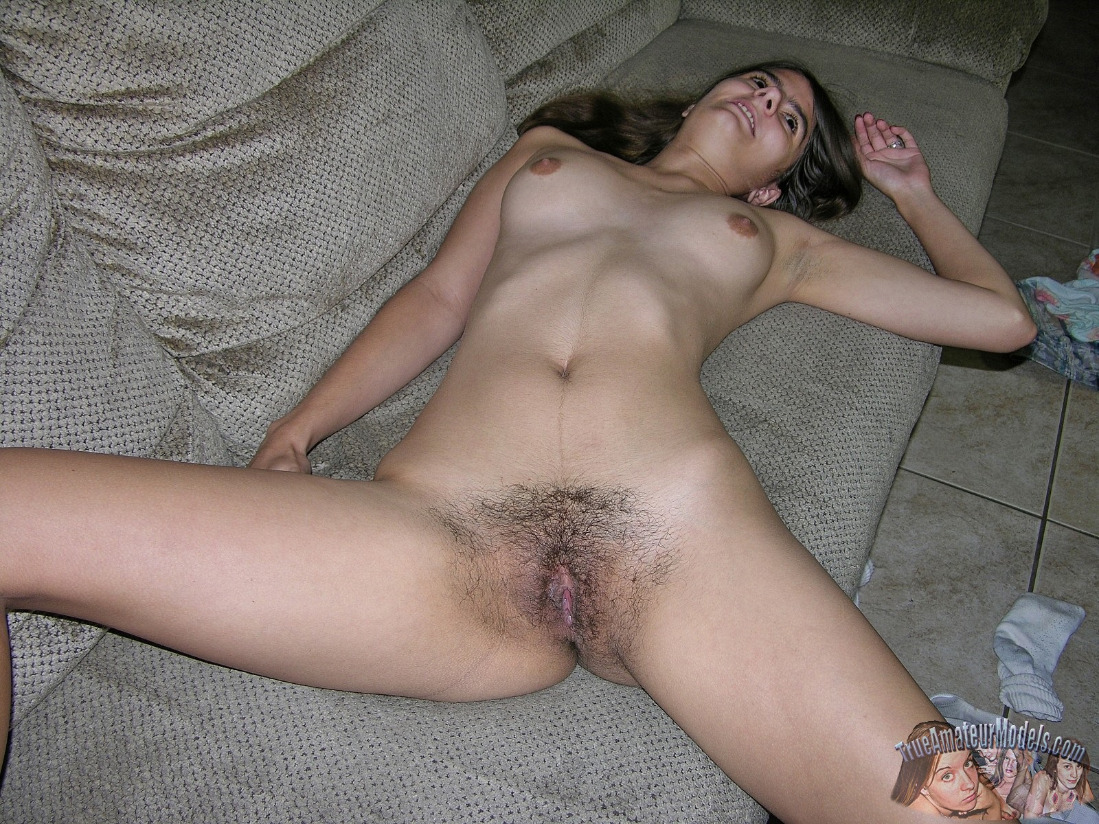Amature hairy girls