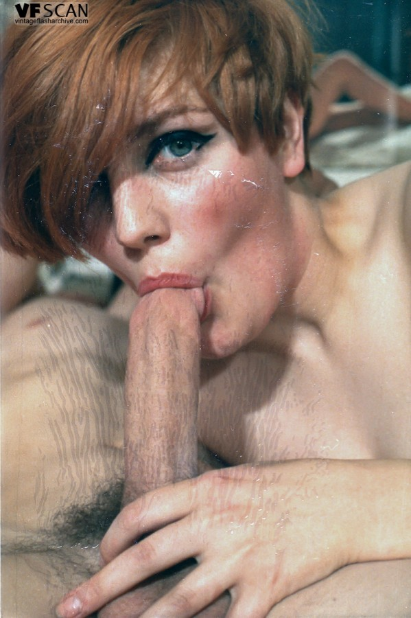 Lara Latex Lesbian